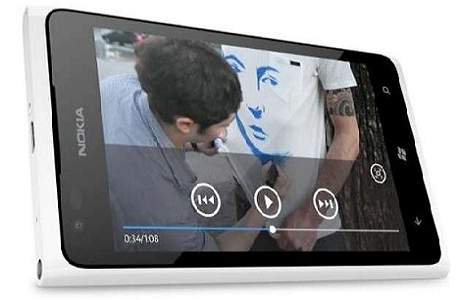 AT&T's 24 Hours with the Nokia Lumia 900