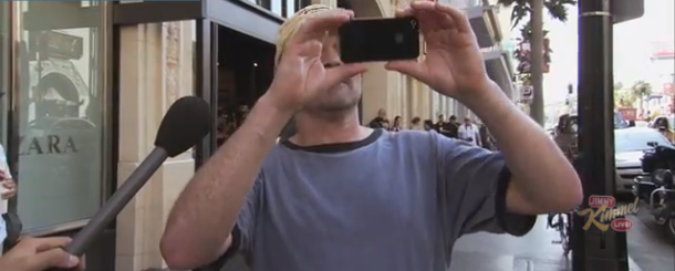 Video of the Week: Showing the iPhone 4S to Public and Telling them it's the 5